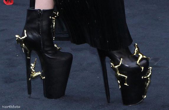 A cipő rendeltetésszerű használat közben