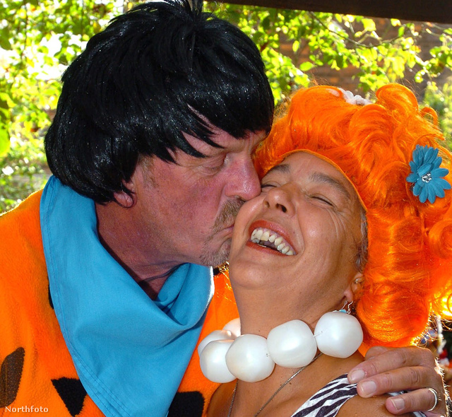 David Alves és Linda Eglen Frédi és Vilma szerepében házasodtak össze