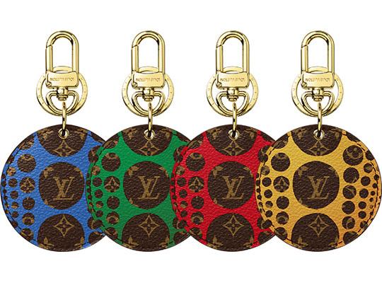 Comme des Garçons-ra jellemző pöttyök az Vuitton kollekcióban.
