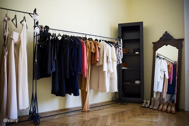 Néhány ruhával már korábban is találkozhattunk, de sok új darabbal egészült ki a kínálat.