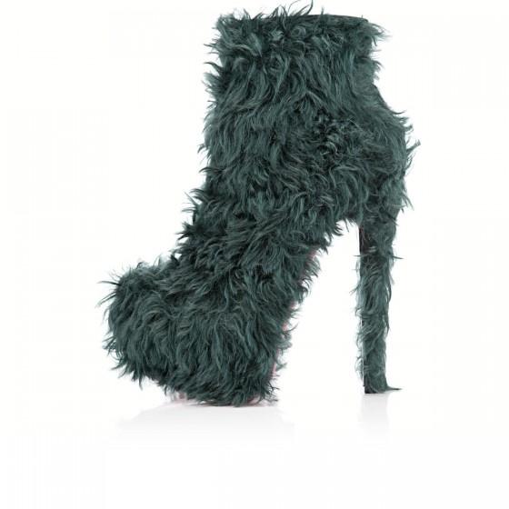 Yeti cipő Louboutintól