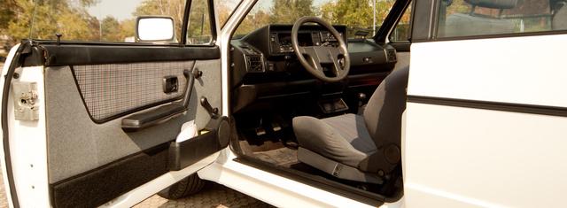 vw colf cabriolet 1990-28