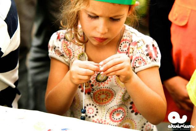Kézműves foglalkozások is lesznek - a kép a szeptemberi Hetedhét pikniken készült