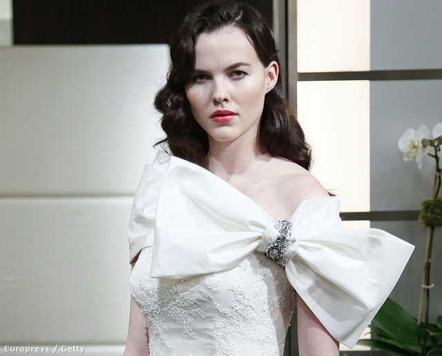 Badgley Mischka menyasszonyi ruha 2013-ra