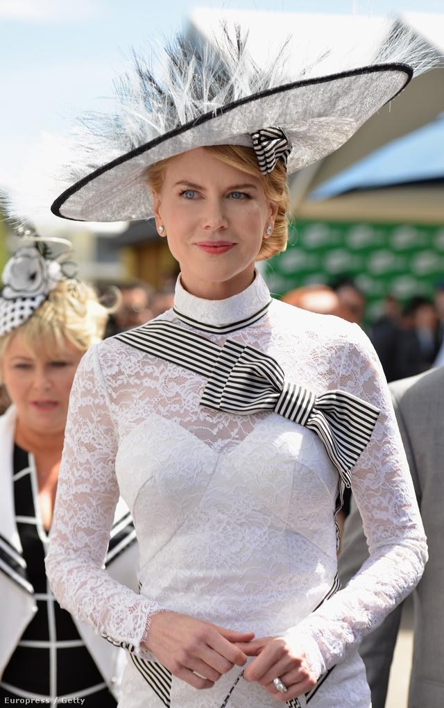 Az esemény legnagyobb sztárja, Nicole Kidman és masnis ruhája.