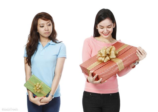 stockfresh 2150613 envious-of-bigger-gift sizeM