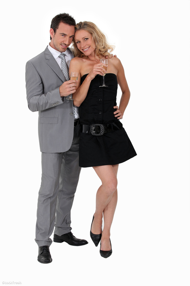 stockfresh 2136071 man-and-woman-in-party-clothes sizeM