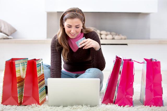 stockfresh 1394229 online-shopping sizeM