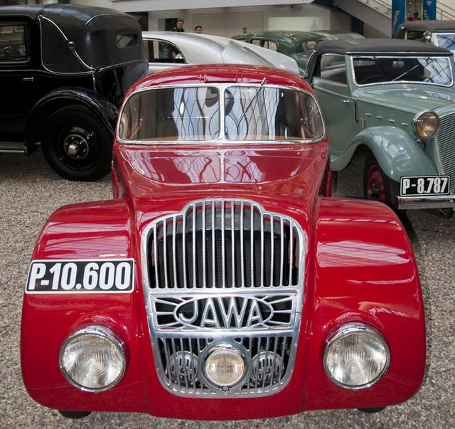 Jawa 750: 26 lóerős DKW kétütemű hajtotta