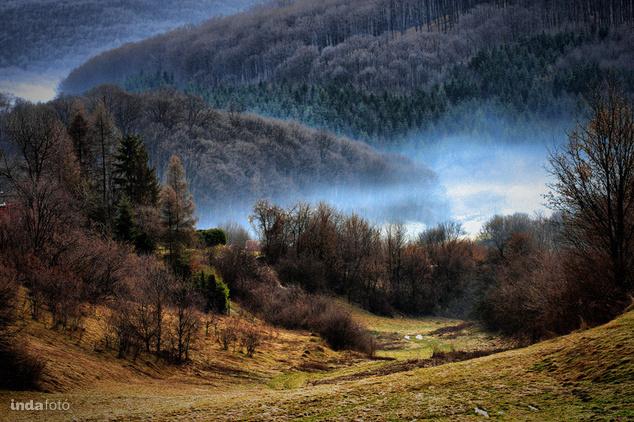 Bükkszentkereszt, Hideg-völgy