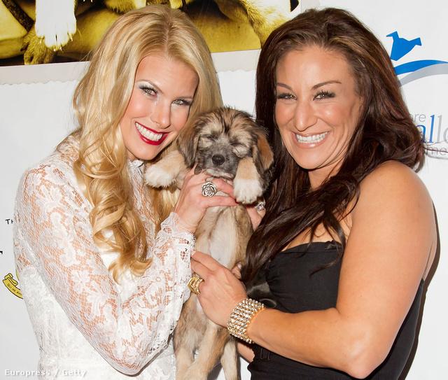 North Shore Animal League 2012 Awards gála 2012. december 17-én - Beth Ostrosky Stern és Tanya Marchiol