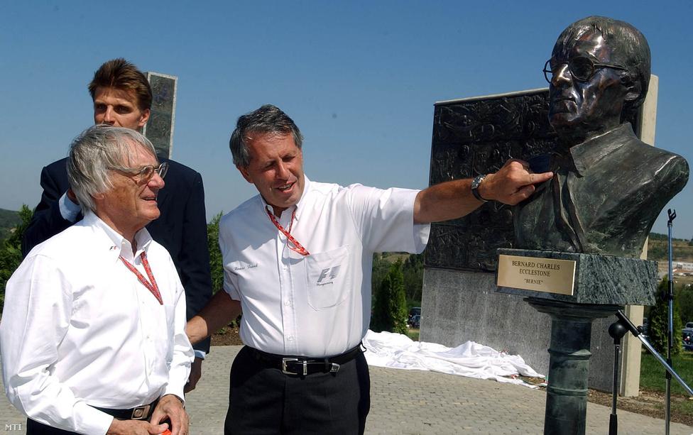 Frank Tamás, a Hungaroring alelnöke 65 évet élt, ő volt az egyetlen magyar tagja a Forma-1-et irányító egyik legfőbb szervezetnek, a Forma-1 Világtanácsnak. 1994 óta a Magyar Nagydíj jegyértékesítésével foglalkozott, majd Baumgartner Zsolt menedzsere lett, a magyar pilóta az F1-ben is versenyezhetett.