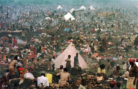 Ruandai menekülteka mészárlások után