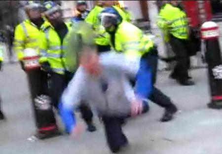 Kép a Guardian videójából