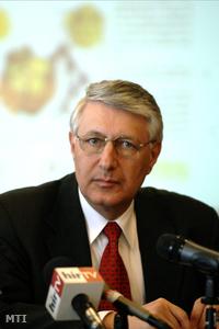 Falus Ferenc országos tiszti főorvos