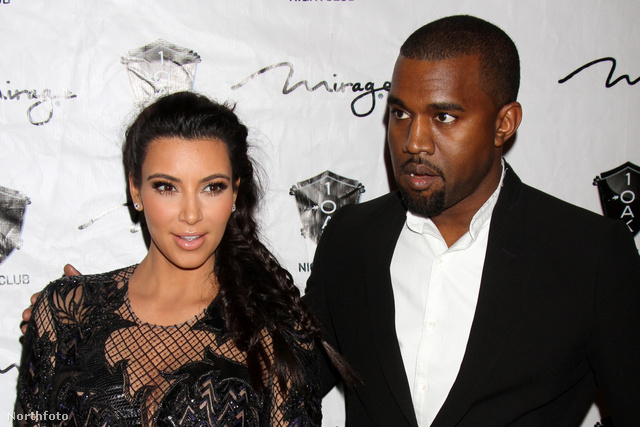 A várandós Kardashian és divatrapper pasija