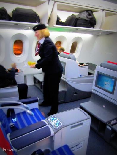 Stewardess a business osztályon