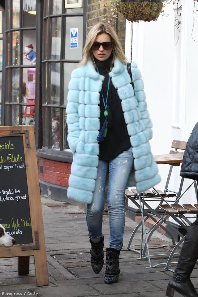 Rég láttuk Kate Mosst ilyen puccos kabátban