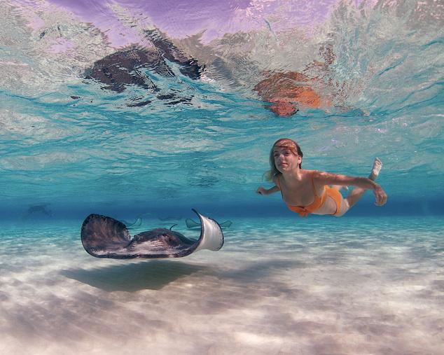 Úszás a Kajmán szigeteken
