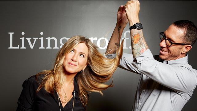 Jennifer Aniston a Living Proof arca lesz 2013-ban