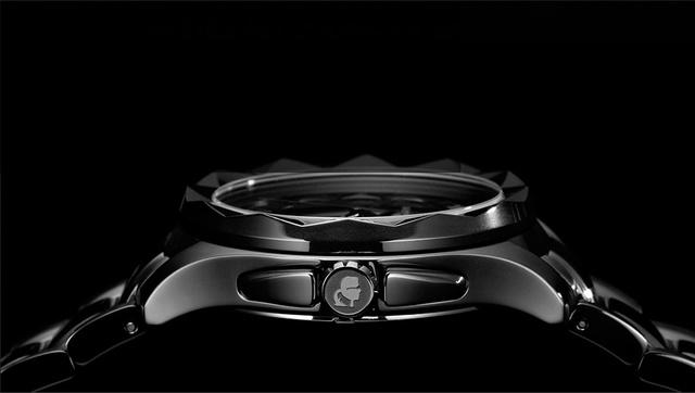 A látványos órák 33150 és 131500 forint között lesznek kaphatóak.
