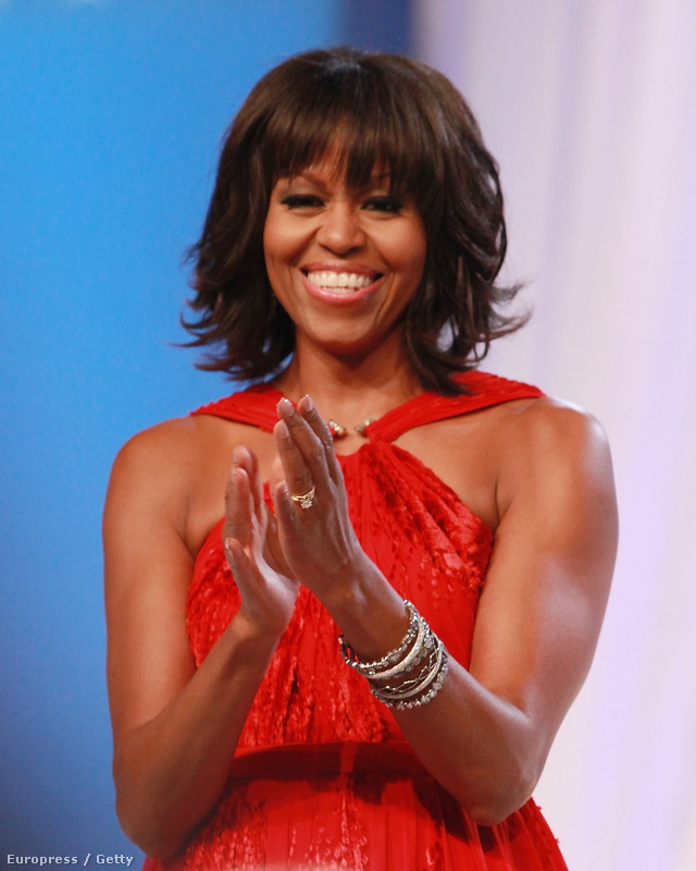 A frizurát váltó Michelle Obama