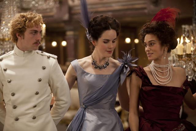 Ilyen báli ruhákban idénis elmennék az Opera bálba