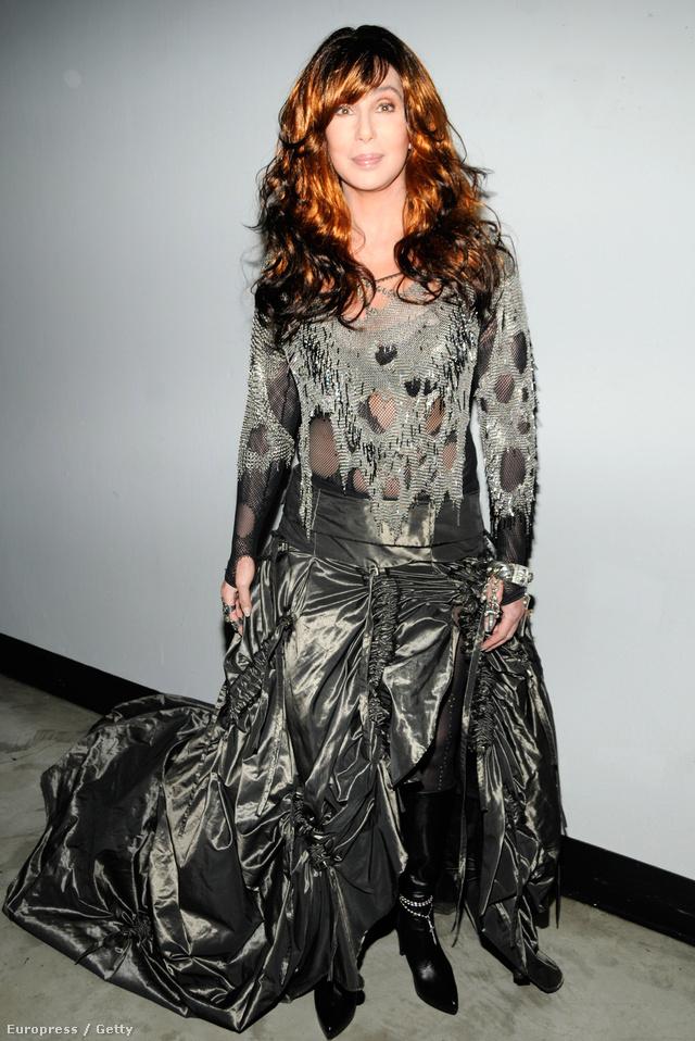 2008: Chernek ez a szettje eddig a legszörnyűbb. A tervező Julia Gerard