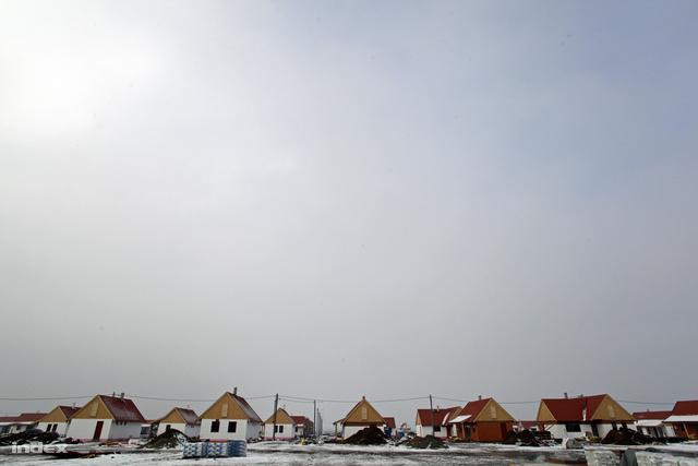 Az épülő lakópark látképe