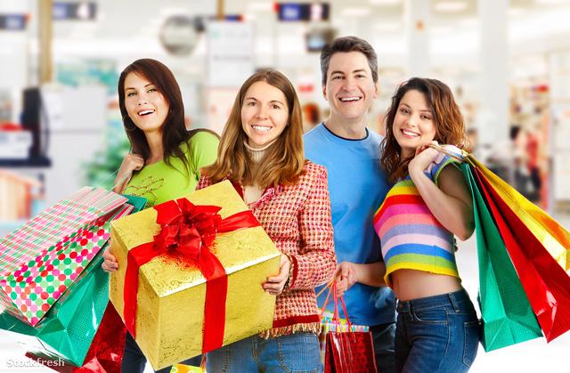 stockfresh 389572 happy-shopping-people sizeM