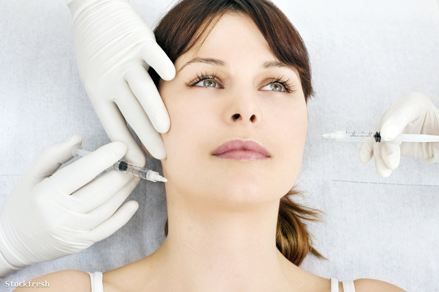 stockfresh 457247 woman-receiving-an-injection-of-botox-from-a-d