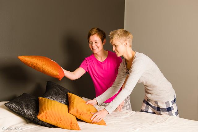 stockfresh 2345991 make-the-bed sizeM