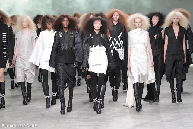 Rick Owens kócos hajú modellekkel mutatta be 2013-as kollekcióját