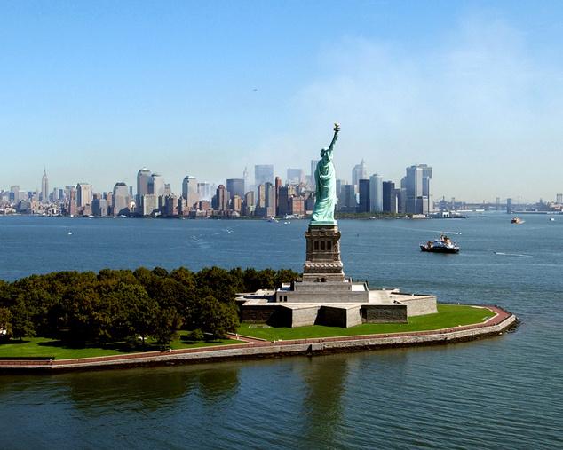 New York, 2001. szeptember vége - a felhőkarcolók közül hiányzik a World Trade Center ikertornyainak sziluettje