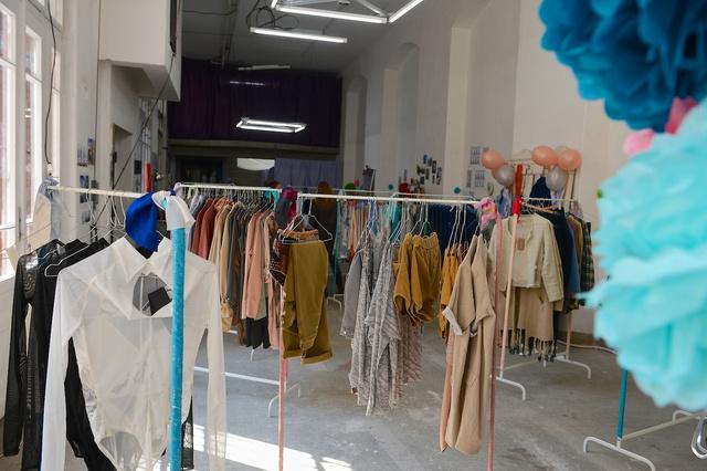 A Projekt Showroom más világ. Magyar tervezők friss kollekciói kínálják magukat.