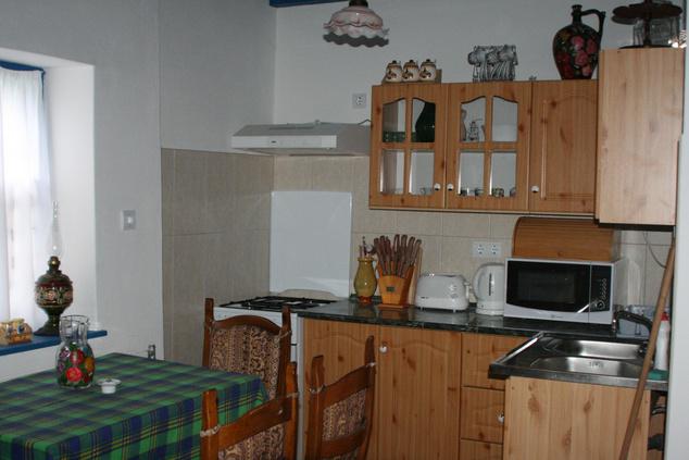 Jól felszerelt konyhát is kapnak 2500 forint/éjszakáért