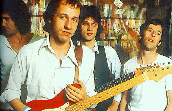 Knopfler and his band in those times
