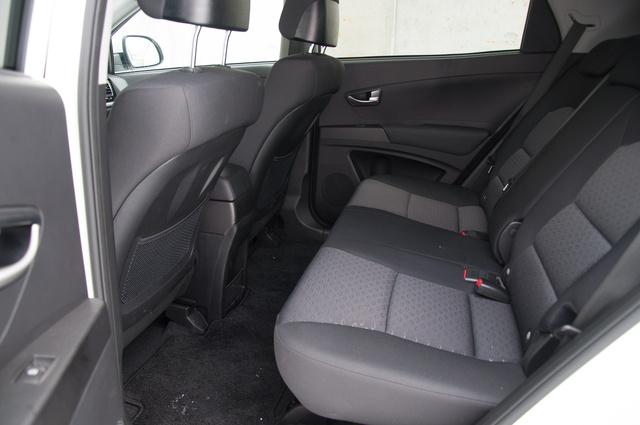 Van benne annyi hely, mint egy A6-os Audiban. Legalábbis hátul.