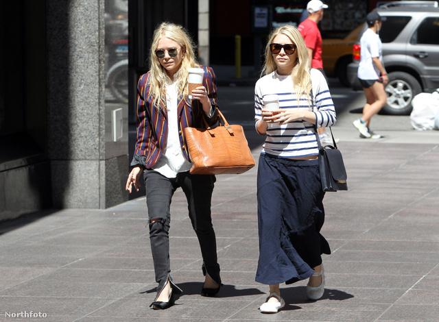 Mary Kate és Ashley Olsen csinosan sétálnak New Yorkban