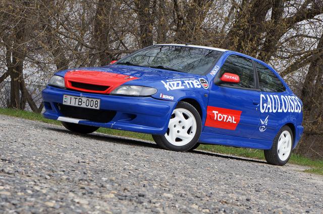 Erősen kell hunyorítani, ha a legendás WRC-Xsarát bele akarjuk látni