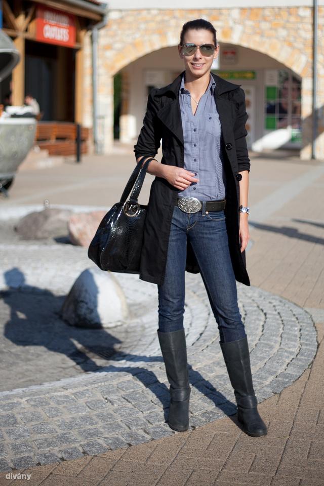 Barbara szépen felöltözik akkor is, ha csak vásárolni indul.