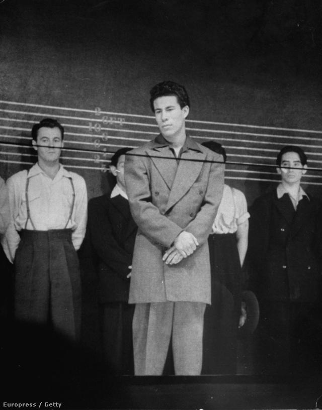 Zoot Suit Riot a második világháború közepén hozta divatba a hazafiatlannak kikiáltott túlméretezett zakóját.