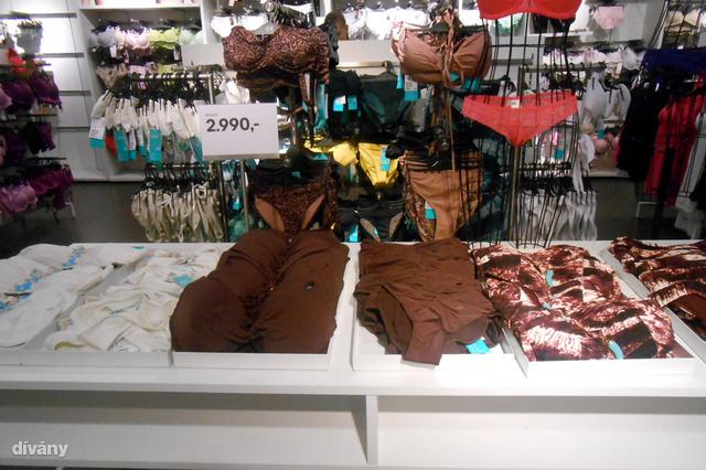 Íme a fürdőruhák a H&M-ben.