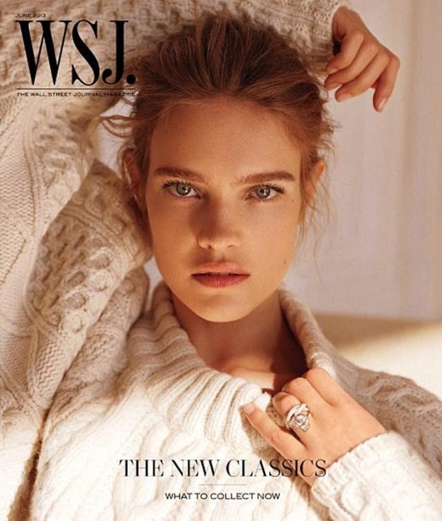Natalia Vodianova kötött pulóverben a WJS nyári számának címlapján