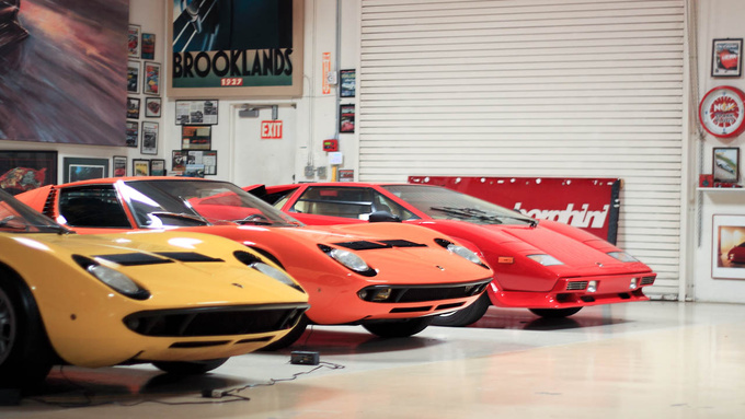 Oh, that Countach in the back? That's just a daily driver