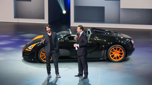 Keanu Reeves is szereti a jó kocsikat