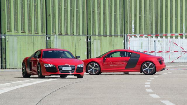 Első ránézésre közönséges Audi R8
