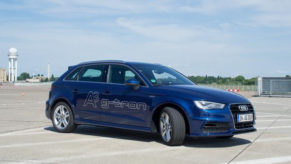 Az A3 g-tron Sportback első látásra közönséges ötajtós kompakt. Pedig ez kétféle üzemanyaggal is működik