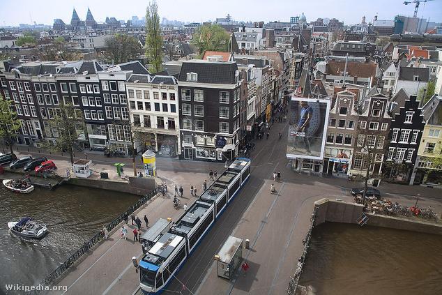 Az amszterdami kettes villamos se megy rossz helyen