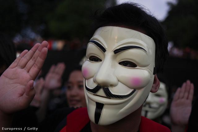 Közös tüntetés a megfigyelési botrány miatt